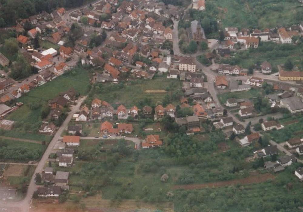 Foto: Luftaufnahme der Gemeinde Lauf